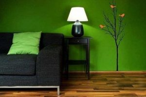 С каким цветом сочетается зелёный в интерьере?