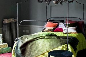 Интерьер чувственной спальни в современном стиле