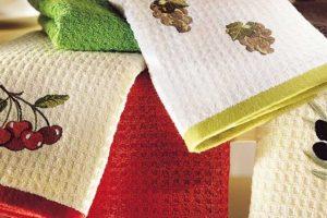 Как отстирать кухонные полотенца? Как сделать полотенце мягким после стирки?