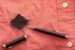 Как отстирать ручку с одежды? Способы, проверенные временем!